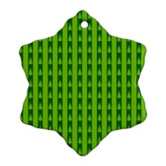 Christmas Tree Background Xmas Ornament (Snowflake)