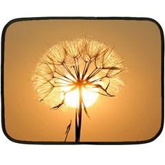 Dandelion Sun Dew Water Plants Fleece Blanket (Mini)