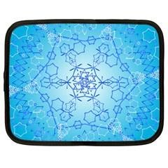 Design Winter Snowflake Decoration Netbook Case (XXL)
