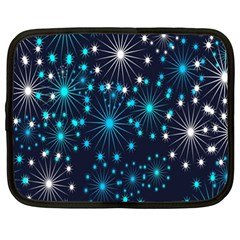 Digitally Created Snowflake Pattern Netbook Case (XXL)