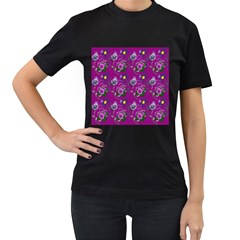 Flower Pattern Women s T-Shirt (Black)