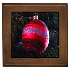 Glass Ball Decorated Beautiful Red Framed Tiles