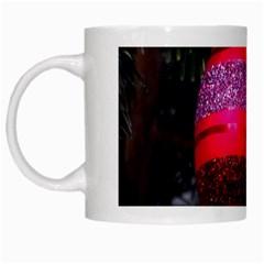Glass Ball Decorated Beautiful Red White Mugs