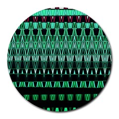 Green Triangle Patterns Round Mousepads