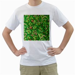 Green Holly Men s T Shirt (white)