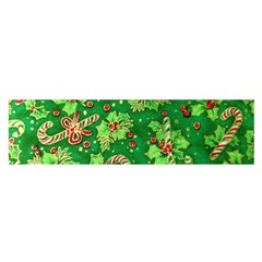 Green Holly Satin Scarf (Oblong)
