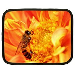 Honey Bee Takes Nectar Netbook Case (XL)