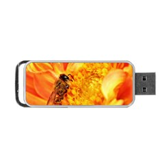 Honey Bee Takes Nectar Portable Usb Flash (one Side)