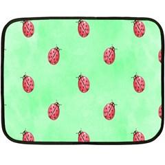 Ladybug Pattern Fleece Blanket (mini)