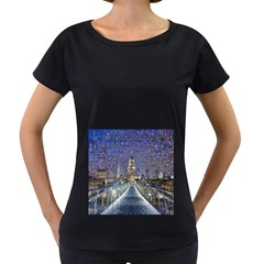 London Travel Women s Loose-Fit T-Shirt (Black)