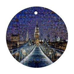 London Travel Round Ornament (Two Sides)
