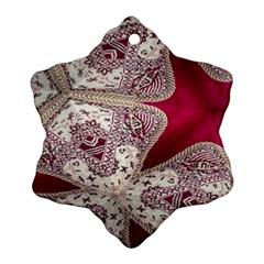 Morocco Motif Pattern Travel Ornament (Snowflake)