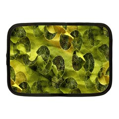 Olive Seamless Camouflage Pattern Netbook Case (Medium)