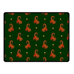 Paisley Pattern Double Sided Fleece Blanket (small)