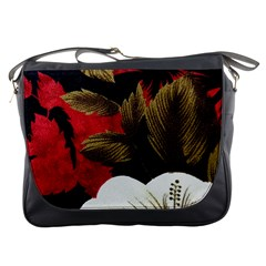 Paradis Tropical Fabric Background In Red And White Flora Messenger Bags