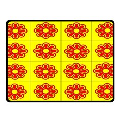 Pattern Design Graphics Colorful Fleece Blanket (Small)