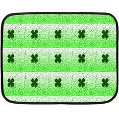 Shamrock Pattern Fleece Blanket (Mini)