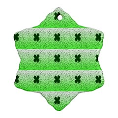 Shamrock Pattern Ornament (Snowflake)