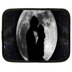 Silhouette Of Lovers Netbook Case (XL)
