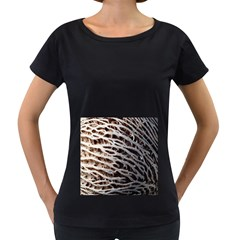 Seed Worn Lines Close Macro Women s Loose Fit T Shirt (black)