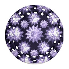 Stars Patterns Christmas Background Seamless Ornament (Round Filigree)
