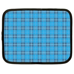 The Checkered Tablecloth Netbook Case (XXL)