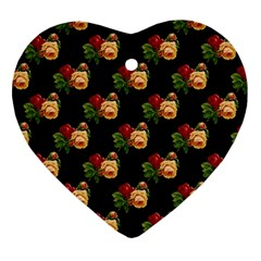 Vintage Roses Wallpaper Pattern Ornament (heart)