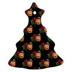 Vintage Roses Wallpaper Pattern Christmas Tree Ornament (Two Sides)