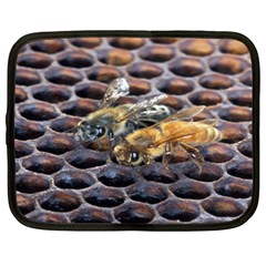 Worker Bees On Honeycomb Netbook Case (XXL)