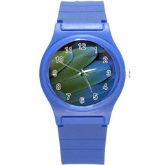 Feather Parrot Colorful Metalic Round Plastic Sport Watch (s)