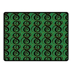 Abstract Pattern Graphic Lines Fleece Blanket (small)