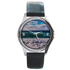 Wave Foam Spray Sea Water Nature Round Metal Watch
