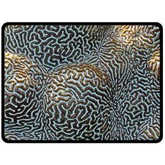 Coral Pattern Fleece Blanket (Large)
