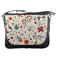Spring Floral Pattern With Butterflies Messenger Bags