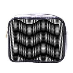 Two Layers Consisting Of Curves With Identical Inclination Patterns Mini Toiletries Bags