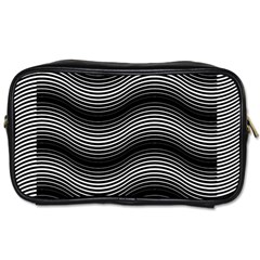 Two Layers Consisting Of Curves With Identical Inclination Patterns Toiletries Bags