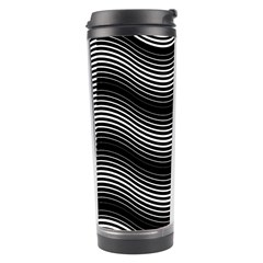 Two Layers Consisting Of Curves With Identical Inclination Patterns Travel Tumbler
