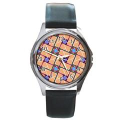 Overlaid Patterns Round Metal Watch