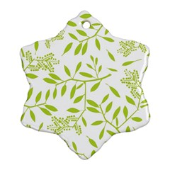 Leaves Pattern Seamless Ornament (Snowflake)