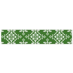 St Patrick S Day Damask Vintage Green Background Pattern Flano Scarf (Small)