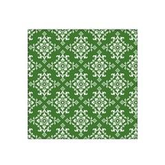St Patrick S Day Damask Vintage Green Background Pattern Satin Bandana Scarf