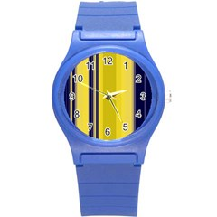 Yellow Blue Background Stripes Round Plastic Sport Watch (S)
