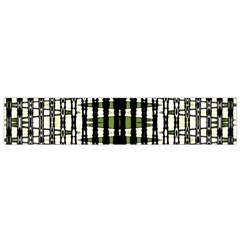 Interwoven Grid Pattern In Green Flano Scarf (Small)