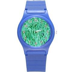 Green Background Pattern Round Plastic Sport Watch (S)