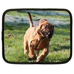 Bloodhound Running Netbook Case (XL)