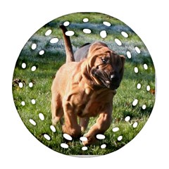Bloodhound Running Ornament (Round Filigree)