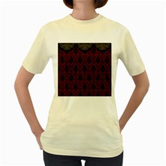 Elegant Black And Red Damask Antique Vintage Victorian Lace Style Women s Yellow T-Shirt