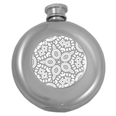 Scope Random Black White Round Hip Flask (5 oz)