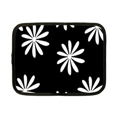 Black White Giant Flower Floral Netbook Case (Small)
