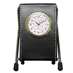 Heart Ornaments And Flowers Background In Vintage Style Pen Holder Desk Clocks